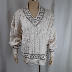 American Eagle Outfitters V neck Sweater